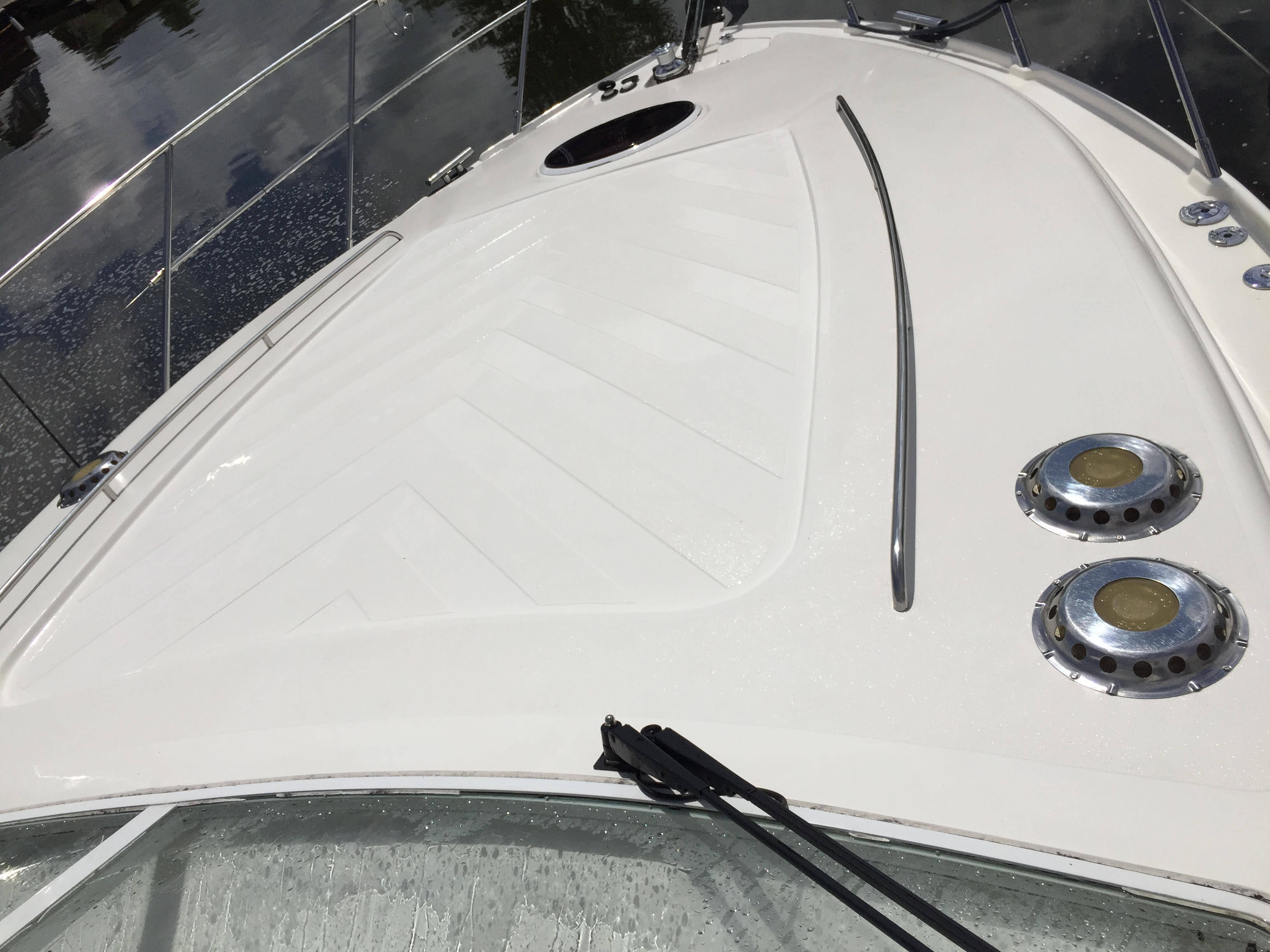 CleanToGleam-non-slip-surface-cleaned