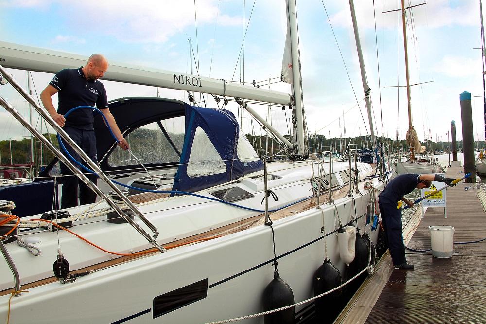 Winter Boat Clean | CleantoGleam